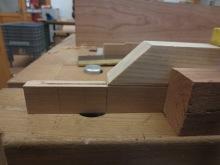 Realizando ingletes de las molduras del marco