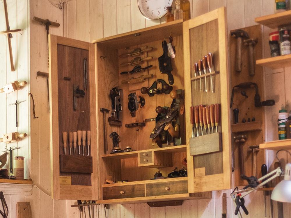 Vendo Armario Herramientas : El armario de herramientas iii lacabra en la escalera